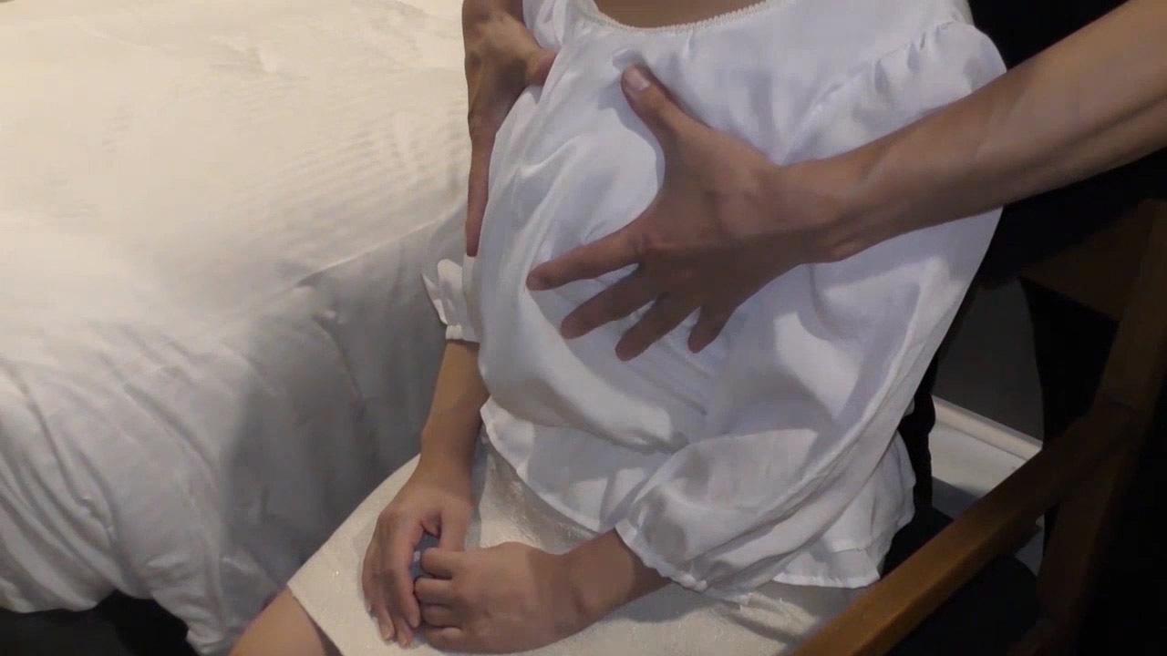 FC2 PPV 1230214 【個人撮影】別居中の40歳人妻 友達の紹介で緊張気味に撮影開始 フェラ抜き編