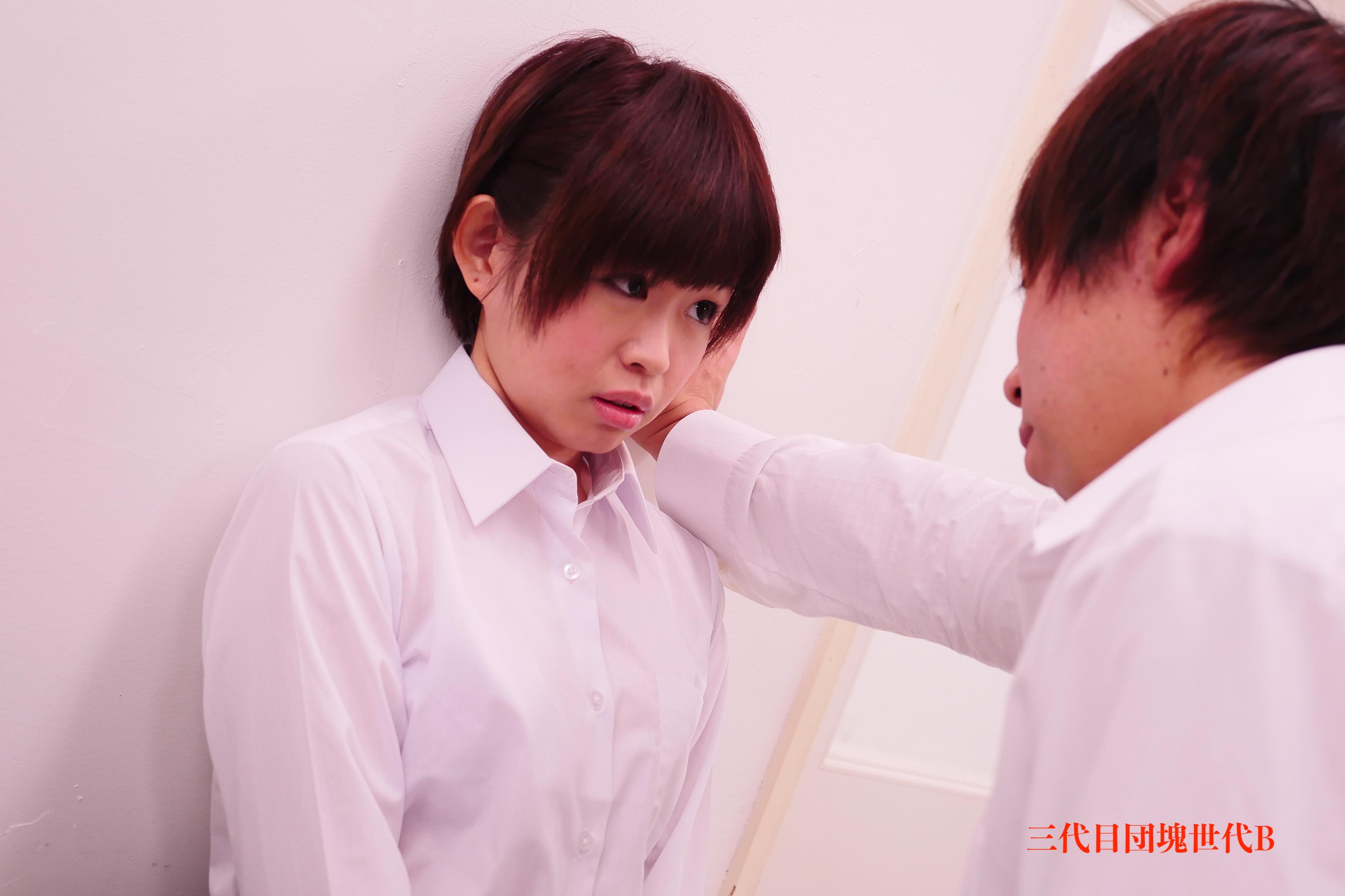 FC2 PPV 1207785 【無】元アイドルが幼馴染と保険室で壁ドンセックス!